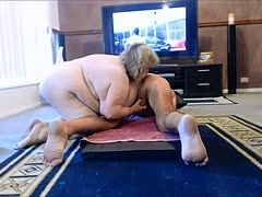pornofilm junge schwarze oma fickt den bbc des stiefsohnes
